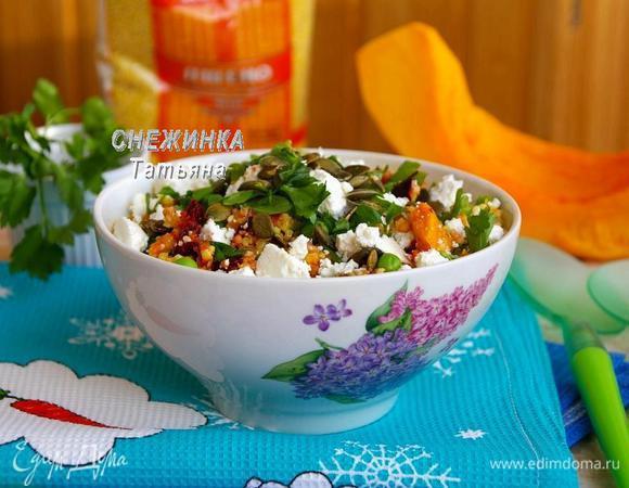 Пикантный салат из пшена с морковной заправкой