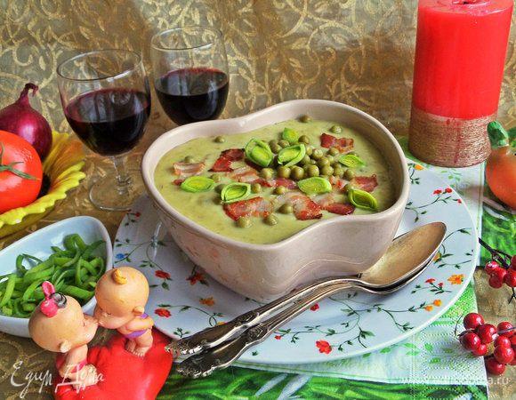 Суп-пюре картофельный с горошком и беконом