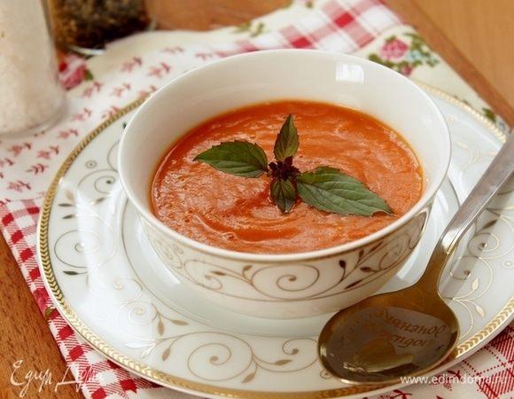 Томатный суп с чесноком