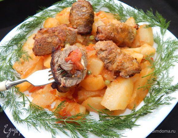 Мясные рулетики с овощным рагу
