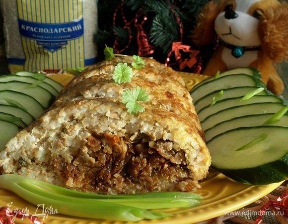 Рисовый рулет с мясом и капустой