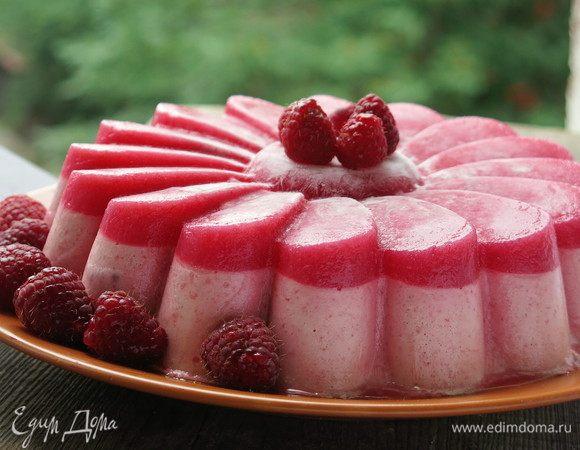 Малиновый торт с хрустящей миндальной прослойкой