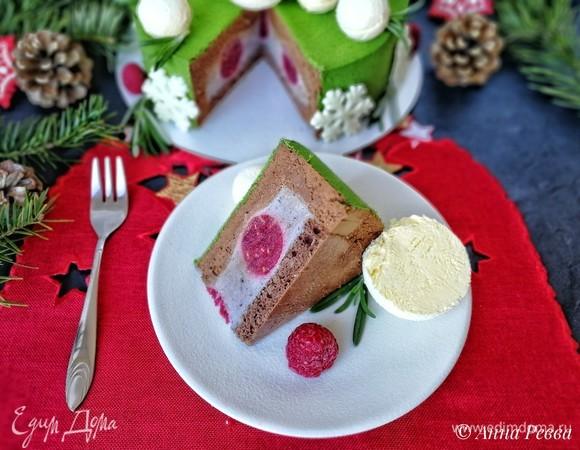 Новогодний праздничный торт «Снежки на елке»