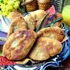 Пирожки с капустой в сковороде