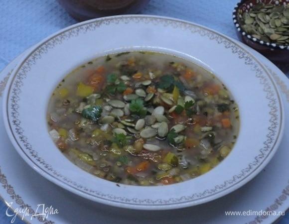Овощной суп из маша с мятой