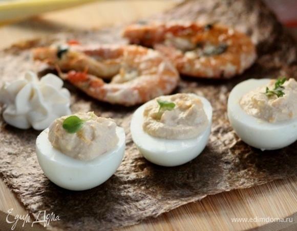 Яйца с икрой «Бомбический восторг»