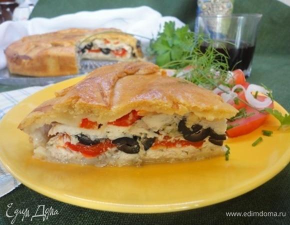 Средиземноморский пирог с курицей и перцем