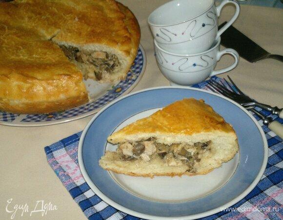 Пирог с курицей, грибами и цветной капустой