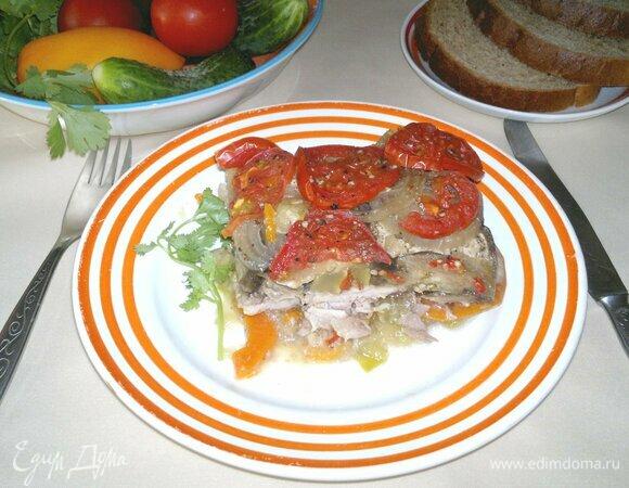 Свинина, запеченная с овощами