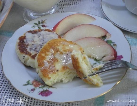 Сырники со сливочно-ванильным соусом