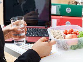 В офис с умом: чем питаться в офисе, когда нет времени
