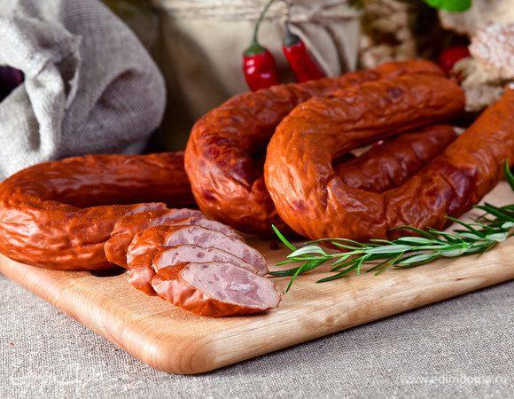 Сытное меню: 10 лучших рецептов домашней колбасы от «Едим Дома»