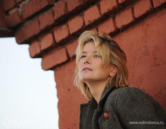 Интервью Юлии Высоцкой для портала BeautyHack: «Физическая нагрузка должна быть у меня каждый день»