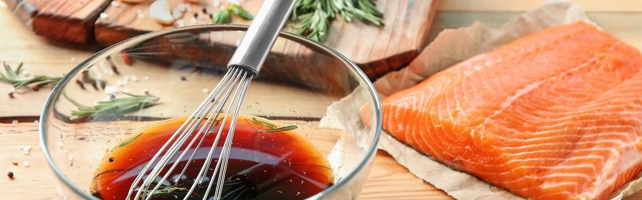 Сезон пикников: секреты маринада для рыбы и морепродуктов на гриле