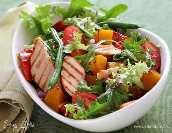 Теплые салаты: 12 рецептов от «Едим Дома»
