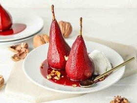 Пряные груши в вине: готовим французский десерт дома
