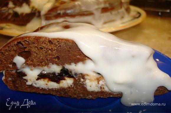 Рекомендую десерт поставить пропитываться часов на 10-12, тогда он будет еще более нежным и насыщенным.