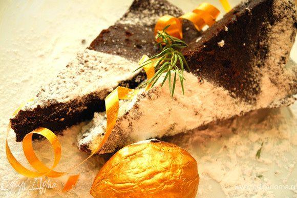 Ну, и несколько слов в заключение. Попробовав этот десерт, я испытала настоящий кулинарный шок))) Не понимаю до сих пор, как без грамма муки получается самый настоящий пирог-торт с очень шоколадным вкусом. И Элла была права. Невозможно остановиться...