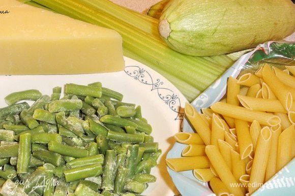 В оригинале рецепта сельдерей не был использован, но я рискнула))) и не пожалела.