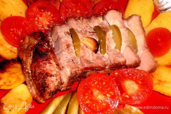 Да,и ещё можно подать к такому мясу банальную горчицу(муж так и ел!).