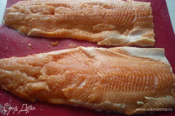 Рыбу разделать на филе