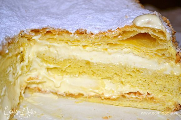 Перед подачей дать торту постоять несколько часов (лучше ночь). Затем нарезать и наслаждаться необыкновенно вкусным итальянским тортиком!!!