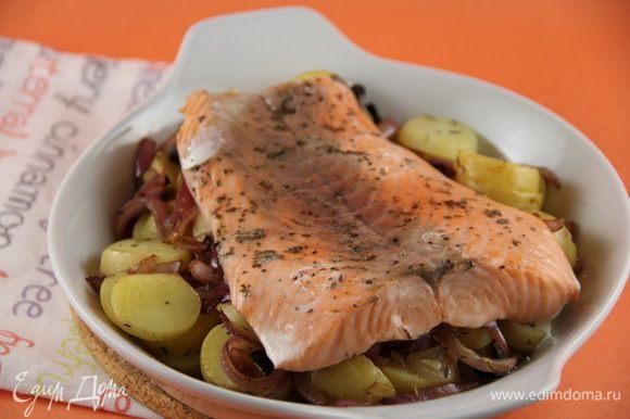 Можно дать блюду немного постоять и после чего подаем его теплым. Хорошо с зеленым салатом. Приятного аппетита))