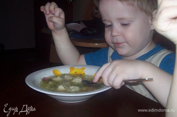 А можно сразу кинуть их в овощной супчик. Дети будут в восторге.