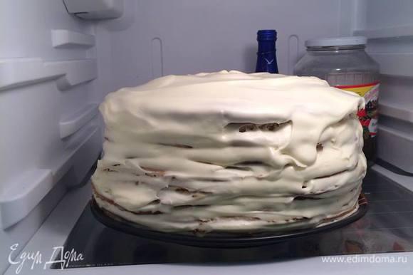 Далее убрать в холодильник в предвкушении утра. Ну и затем можно завершать работу присыпать крошкой от обрезков неровности.