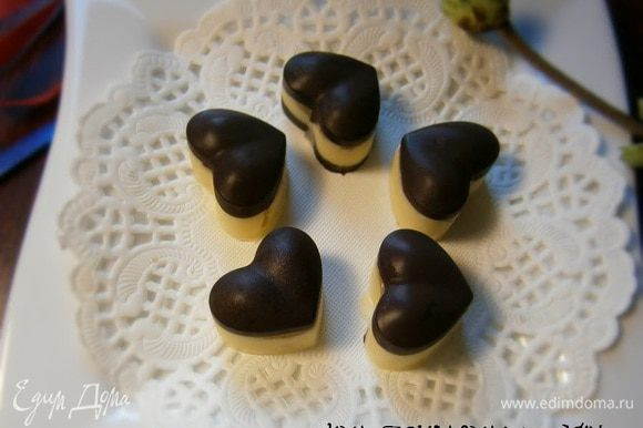 Шоколад вдвойне вкусней, если это - шоколадные конфеты! )))