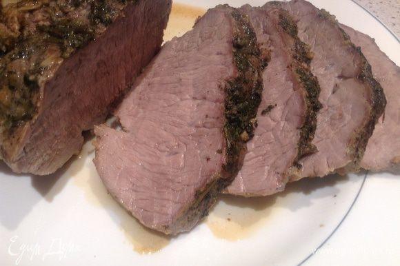Мясо тонко нарезать и .....