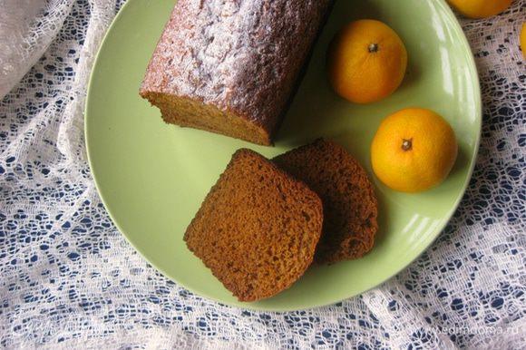 Пирог присыпать сахарной пудрой и подавать)