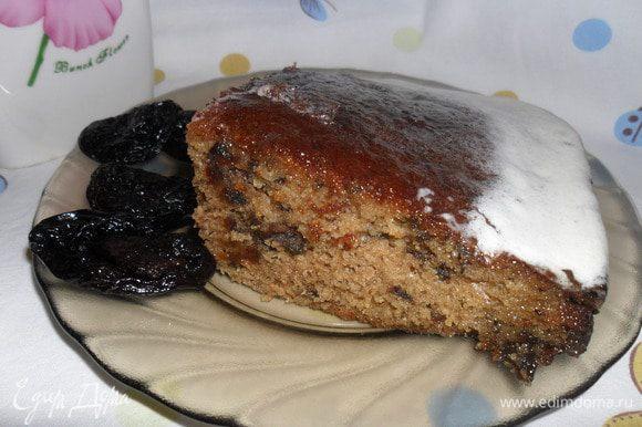Даем остыть и наслаждаемся вкусным и необычным пирогом. Угощайтесь и Вы мои дорогие, приятного чаепития!!!