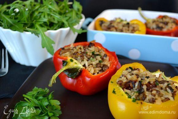 Подавать с зеленым салатом! Приятного аппетита! ;)
