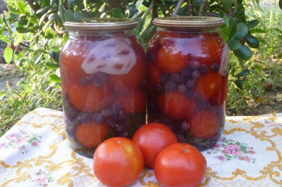 Затем выносим в погреб или подвал. А зимой угощаемся вкуснейшими помидорчиками. Приятного аппетита!