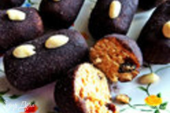 """Готовила с ним любимую всеми """"картошечку"""": http://www.edimdoma.ru/retsepty/75128-pirozhnoe-kartoshka-s-domashney-filadelfiey"""