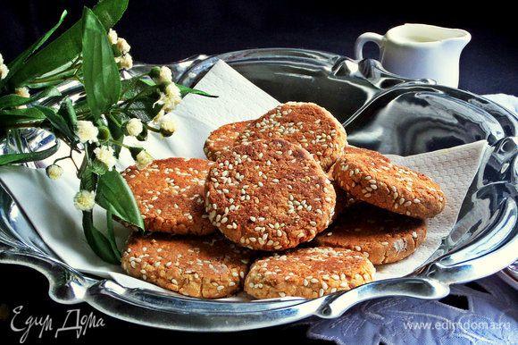 Печенье не меняет своей структуры на следующий и позже день. Любителям ореховой выпечки понравится!