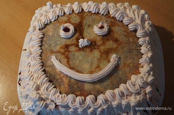 Мы с доченькой решили, что на Масленицу наш торт должен быть веселым!