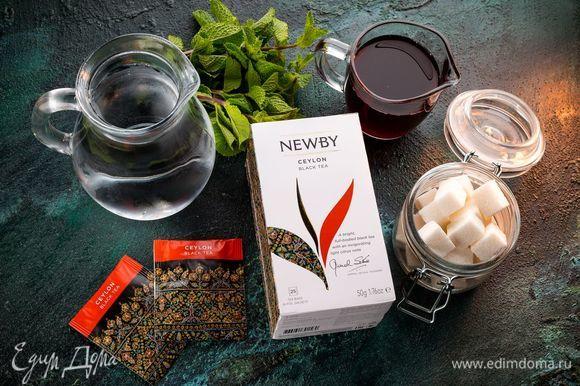 Для приготовления ароматного летнего напитка нам понадобятся следующие ингредиенты.