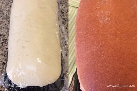 Накрыть пленкой и оставить еще на 1 час. Духовку нагреть до 180°С. Выпекать хлеб 35-40 минут.