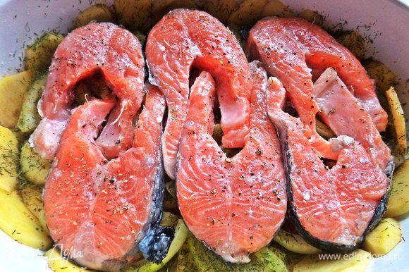 Далее — филе или стейки промаринованной рыбы.