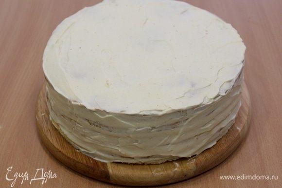 Собрать торт, обмазать края.