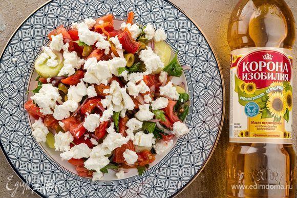 Выложите сырный слой в виде «шапочки». Подавайте ароматное блюдо к столу. Приятного аппетита!