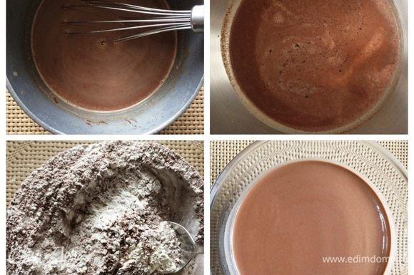 Часть молока нагреть в ковшике, всыпать туда рубленый шоколад, перемешать до его полного расплавления. Влить оставшееся молоко, добавить яйца, ванильный сахар, сахар, все взбить. Муку, соль и какао смешать, просеять и добавить жидкие ингредиенты. Тщательно перемешиваем до получения жидкого однородного теста. Оставляем тесто на пару часов отдыхать.