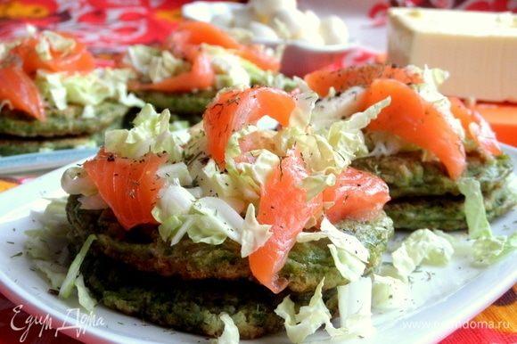 Если нет рыбы и сыра, приготовьте яйцо пашот и подайте сверху, тоже будет вкусно.