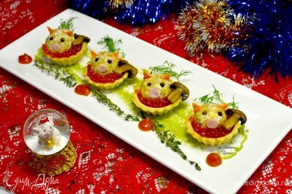 Приятного аппетита! И с наступающим Новым годом! Пусть вам будет весело и вкусно, как этим свинкам! А как известно, свинки плохое есть не будут!
