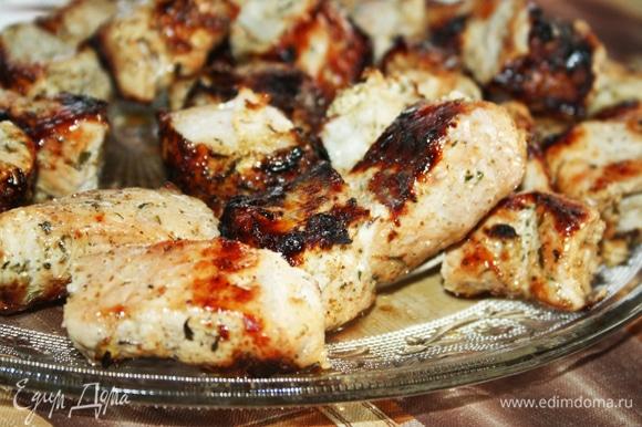 Шашлык «Сочный» в луковом маринаде готов, приятного аппетита!