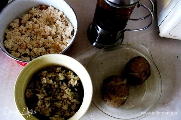 Классическая начинка может быть любая: рис, творог, картофель, грибы, мясо — что угодно.