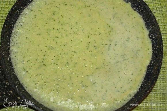 Даем тесту отдохнуть 15 минут. Выпекаем на хорошо разогретой сковороде с двух сторон.