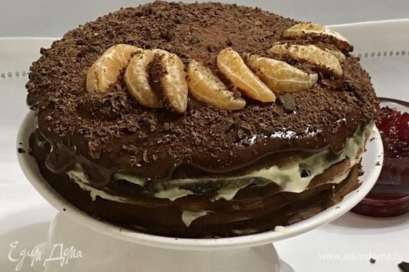 Сверху можно украсить тертым шоколадом или шоколадной глазурью.